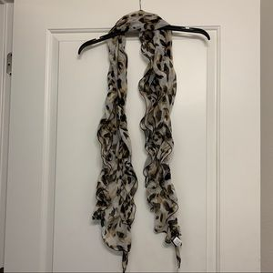 Scrunched tie scarf